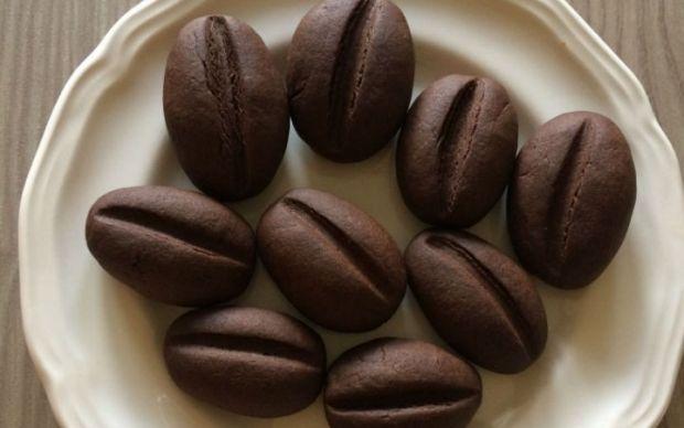 https://yemek.com/tarif/kahve-cekirdegi-kurabiye-2/   Kahve Çekirdeği Kurabiye Tarifi