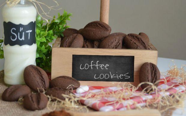 kahve-cekirdegi-kurabiyesi