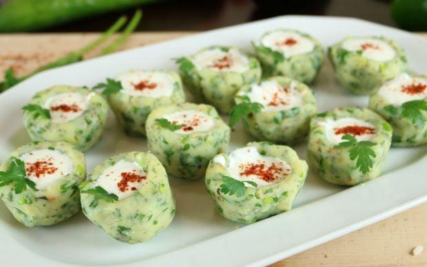 https://yemek.com/tarif/yogurtlu-patates-canaklari/   Patates Çanakları Tarifi