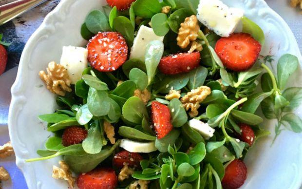 cilekli-semizotu-salatasi-tarifi