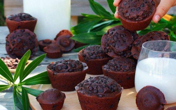 https://yemek.com/tarif/cikolatali-muffin-2/ | Çikolatalı Muffin Tarifi