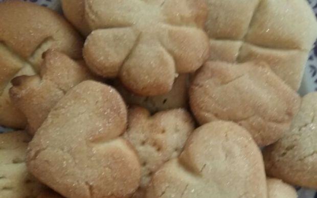 agizda-dagilan-kolay-kurabiye-tarifi