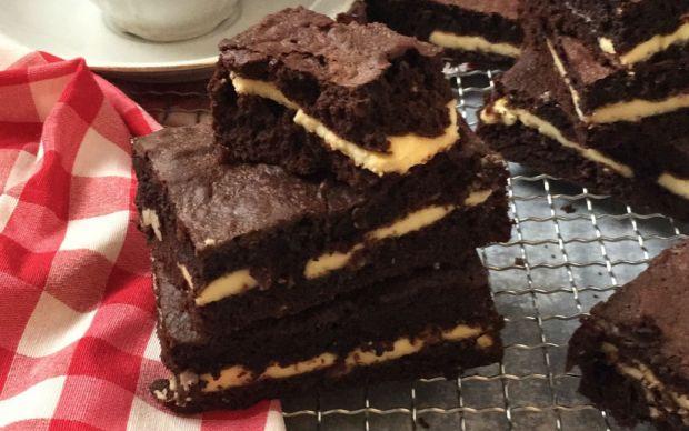 beyaz-cikolatali-brownie