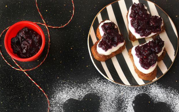 https://yemek.com/tarif/tatli-eksi-mini-cheesecake/   Tatlı Ekşi Mini Cheesecake Tarifi