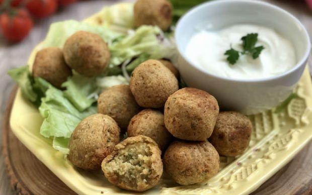 https://yemek.com/tarif/falafel-2/   Falafel Tarifi