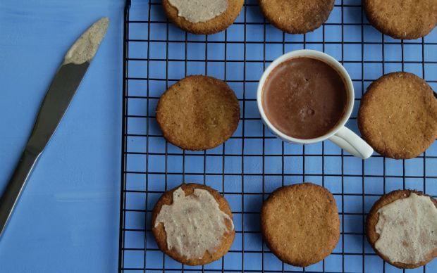 hurmali-kahveli-biskuvi