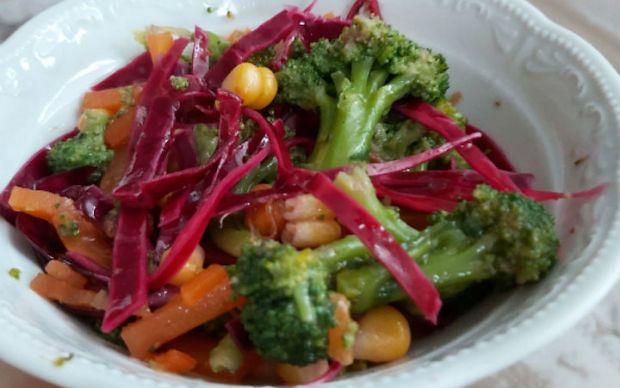 brokoli-salatasi-elifcetin