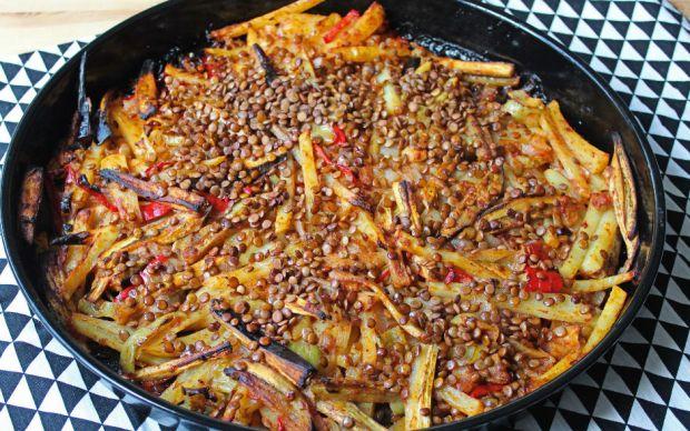 https://yemek.com/tarif/patatesli-patlican-tava/#.XowRo9NKhQI | Patatesli Patlıcan Tava Tarifi