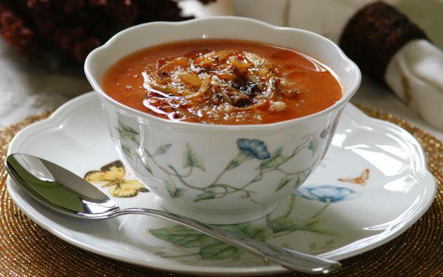 soganli-domates-corbasi-tarifi