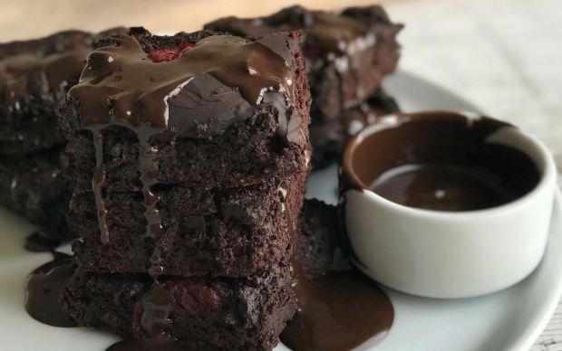 https://yemek.com/tarif/unsuz-brownie-3/ | Unsuz Brownie Tarifi