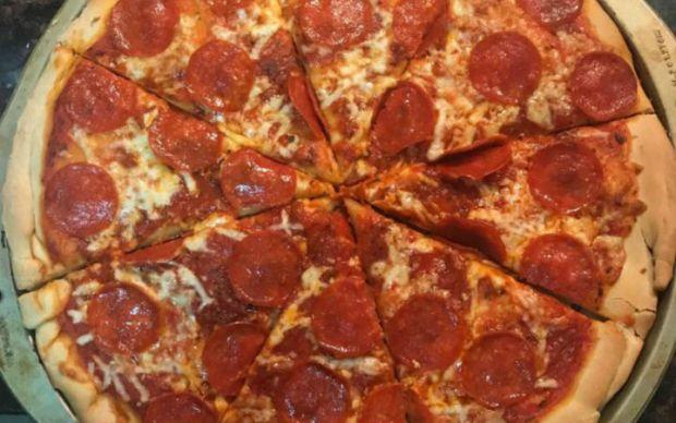evde-nefis-pizza-tarifi