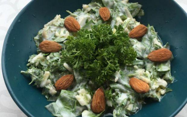 frenkli-ispanak-salatasi