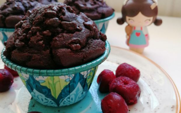 visneli-ve-cikolatali-muffin-tarifi