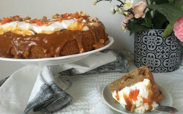baharatli-karamelli-havuclu-kek