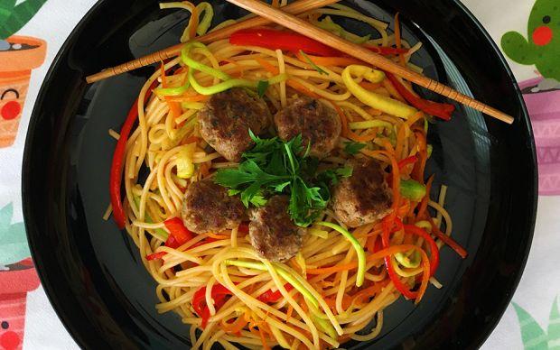 sebzeli-kofteli-spagetti-tarifi