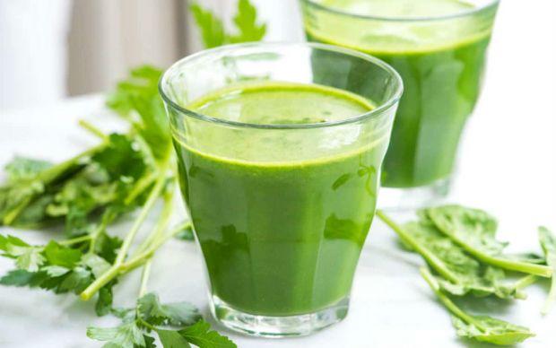 https://www.inspiredtaste.net/34429/green-detox-juice-recipe/ | inspiredtaste