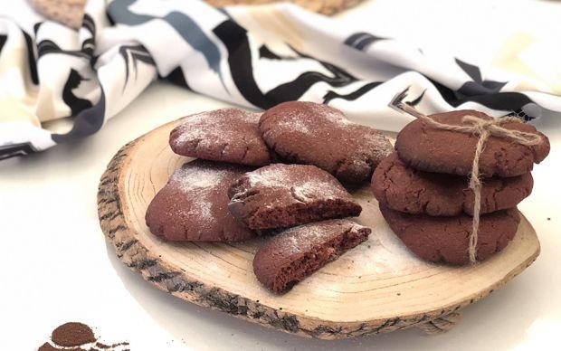 kirmizi-kadife-kurabiye-tarifi