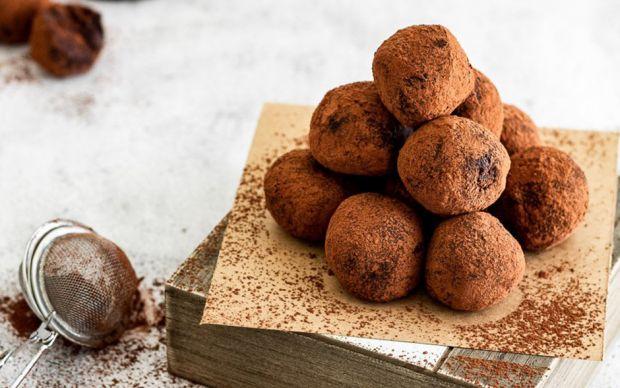 https://yemek.com/tarif/truffles/   Truffles Tarifi