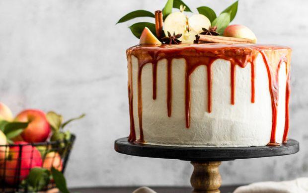 https://yemek.com/tarif/elmali-yas-pasta/  Elmalı Yaş Pasta Tarifi