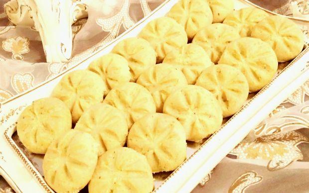 fistikli-un-kurabiyesi-yenge