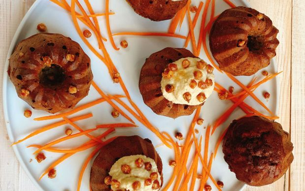 glutensiz-havuclu-kek-tarifi