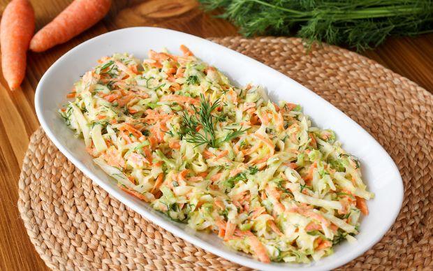 https://yemek.com/tarif/havuclu-lahana-salatasi/   Havuçlu Lahana Salatası Tarifi
