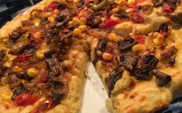 patates-hamurundan-mantarli-pizza-tarifi