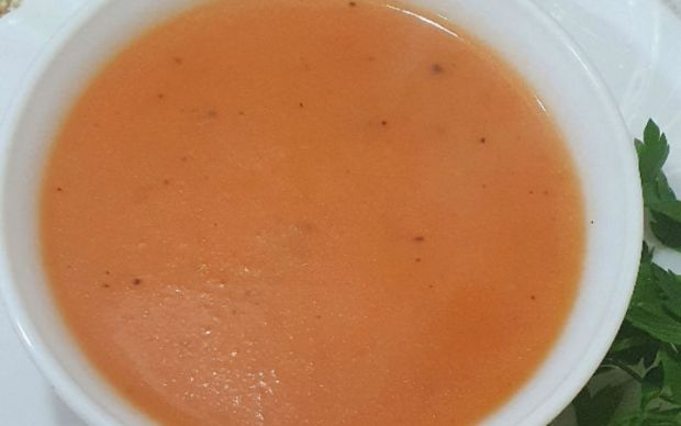 pratik-domates-corbasi-ruki