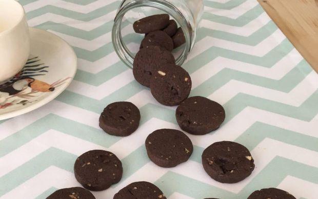 cikolatali-findikli-buzluk-kurabiyesi-tarifi