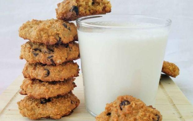 fistik-ezmeli-yulafli-kurabiye-tarifi