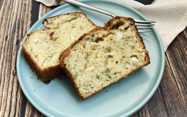 sebzeli-peynirli-pratik-kek-tarifi