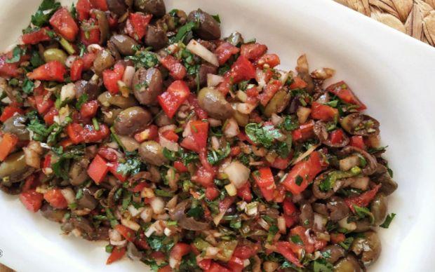 zeytin-salatasi-tarifi