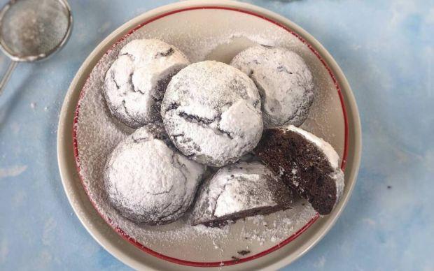pudra-sekerli-catlak-kurabiye-tarifi