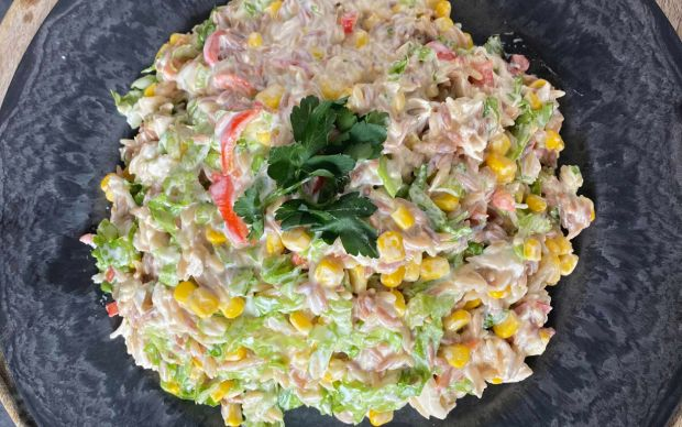 tavuklu-arpa-sehriye-salatasi-limonlukek