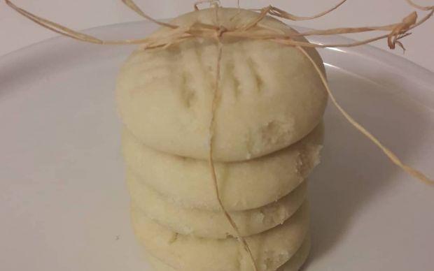 3-malzemeli-un-kurabiyesi-tarifi