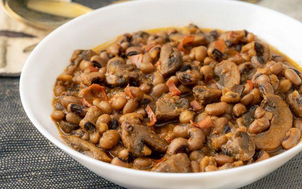 acili-mantarli-borulce-yemekcom