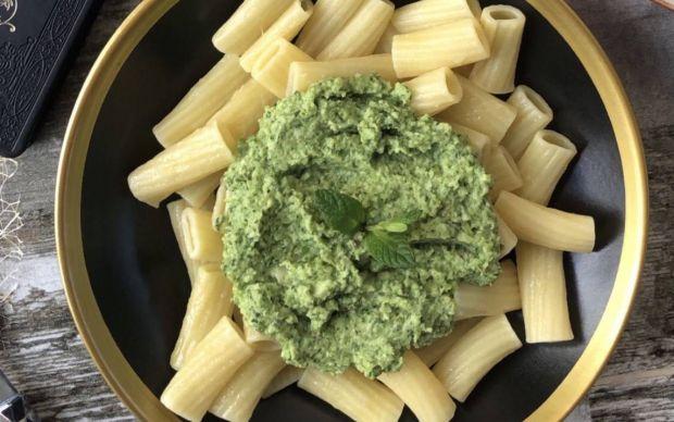 avokado-soslu-makarna-tarifi (1)