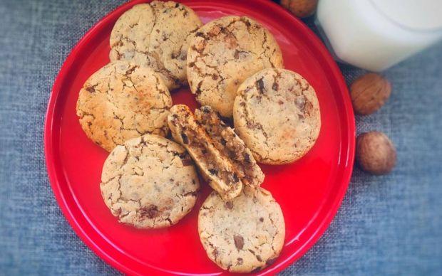https://yemek.com/tarif/chocolate-chip-cookie/ | Chocolate Chip Cookie Tarifi