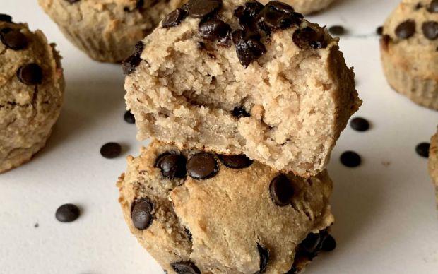 https://yemek.com/tarif/glutensiz-muzlu-vegan-muffin/ | Glutensiz Muzlu Vegan Muffin Tarifi