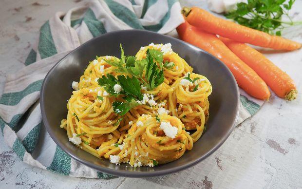 havuc-soslu-spagetti