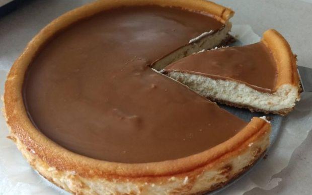 karamel-kremali-cheesecake-tarifi