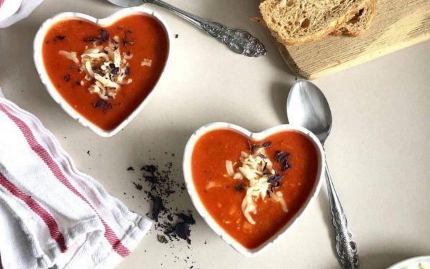 kolay-domates-corbasi-tarifi