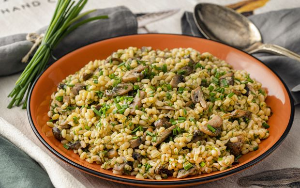 mantarli-baharatli-pilav-yemekcom