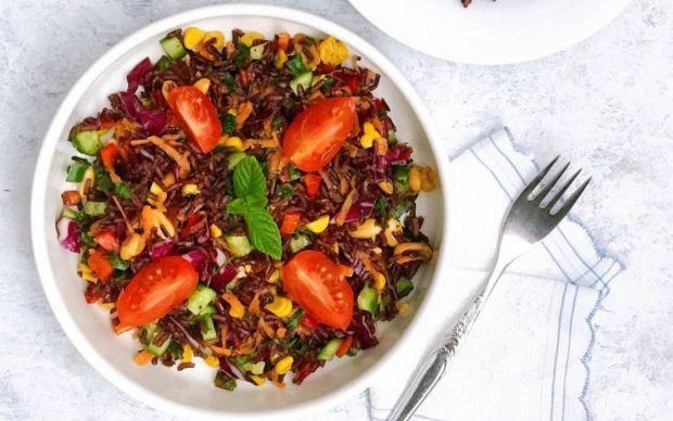 siyah-pirinc-salatasi-tarifi