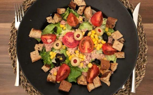 ton-balikli-salata-ismihan