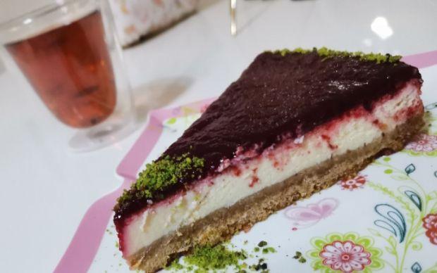 visneli-cheesecake-suna
