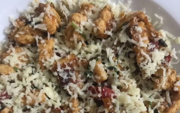 maydanozlu-tulum-peynirli-tavuk-esra