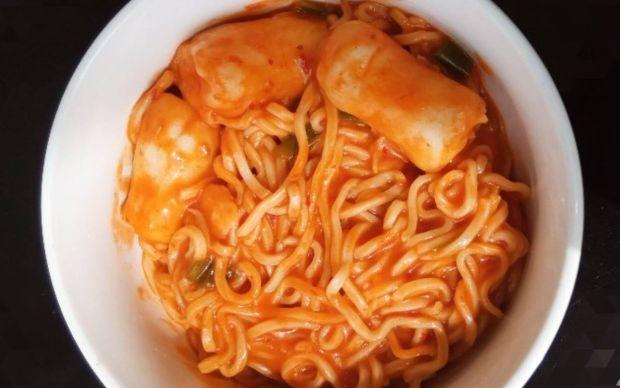 tteokbokki-noodle-tarifi