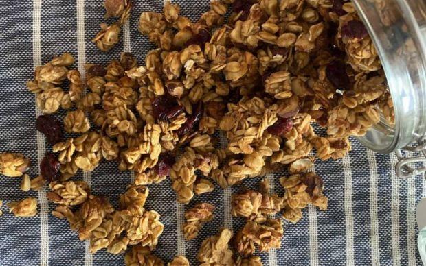 glutensiz-sekersiz-granola-tarifi