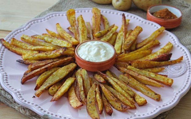 kajun-baharatli-firinda-patates-kizartmasi-one-cikan